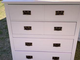 White Dresser - 4 Drawers for Sale in Los Angeles,  CA