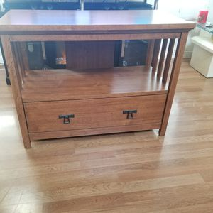 Wood TV Stand with Storage compartment. Great condition! for Sale in Chino Hills, CA