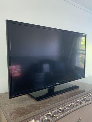 """Samsung 32"""" TV! for Sale in Boston, MA"""