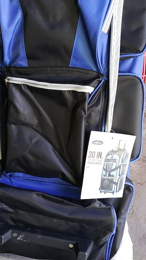 30 inch upright duffle brand new for Sale in Wichita, KS