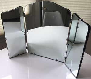 """Antique Tri-Fold Vanity Top Mirror 26"""" x 17.5"""" for Sale in Centerport, NY"""