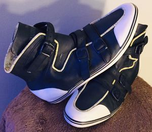 RARE PUMA BUCKLE HIGH HI TOP LEATHER TRAINER SNEAKERS SHOE for Sale in Downey, CA
