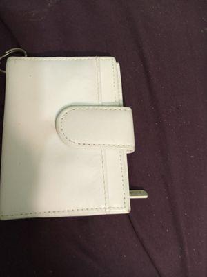 Small leather wallet for Sale in Phoenix, AZ