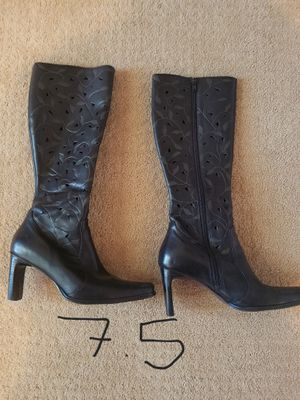 Women's 7.5 black boots for Sale in Arvada, CO