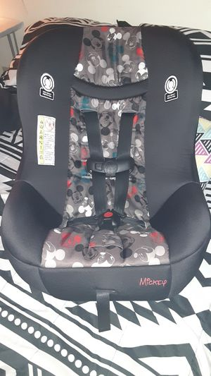 Mickey Mouse cosco kid's car seat for Sale in Mountain City, TN