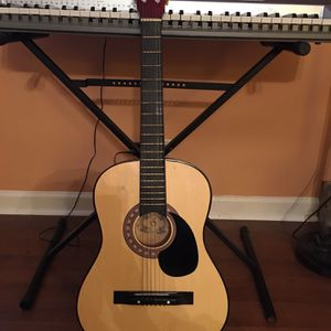 Beautiful Tom Sanders Guitar 🎸 Great Condition for Sale in Chicago, IL