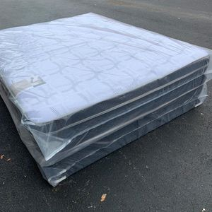 New Queen Pillowtop Size Mattress and Box Spring Set - 2PC for Sale in Pompano Beach, FL