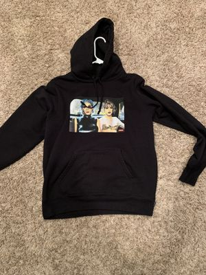 Supreme hoodie sz m for Sale in Maryland Heights, MO