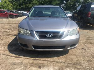 Parting out 2007 Hyundai Sonata for Sale in New Castle, PA