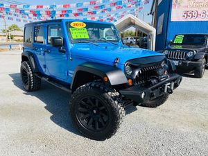 2012 Jeep Wrangler Unlimited for Sale in Tulare, CA