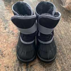 Kids Snow Boots for Sale in Vancouver,  WA