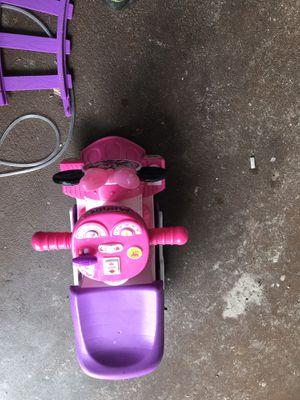 Kids car /Chair/Swin/Trunbline for Sale in Auburndale, FL