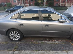 Hyundai azera 2007 for Sale in Hartford, CT