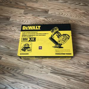 DeWalt 20-Volt MAX XR Lithium-Ion Cordless 18-Gauge Flooring Stapler with Battery 4Ah, Charger and Contractor Bag. for Sale in Portland, OR