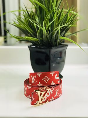 ***LIMITED EDITION*** Supreme Louis Vuitton Belt for Sale in Los Angeles, CA