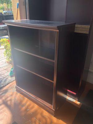 2 Bookshelves for Sale in Miami, FL