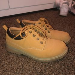 Work Shoes for Sale in Ellensburg,  WA
