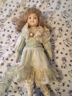 Antique wind up doll for Sale in Bakersfield, CA