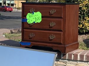 Dressers, mirrors, nightstand and more!!! for Sale in Modesto, CA