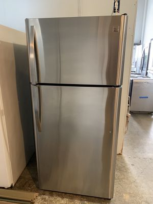2018 Model Fully Functional Stainless Steel Kenmore Top Freezer Refrigerator for Sale in Long Beach, CA