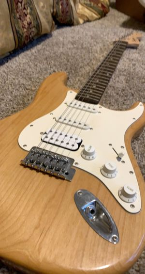 Electric guitar for Sale in Hillsborough, NC
