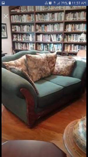 FREE-Loveseat green upholstery for Sale in Tarpon Springs, FL
