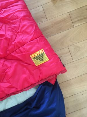 Kids Kelly sleeping bag for Sale in Palos Heights, IL