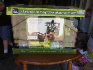 Tropical reptile starter kit for Sale in Louisville, OH