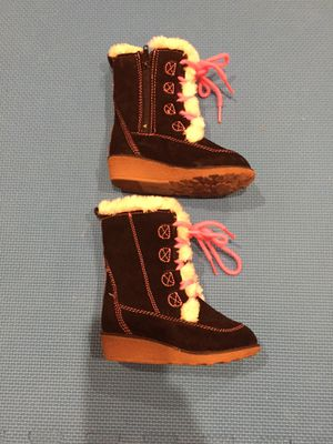Girl Toddler size 6M boots for Sale in Buffalo Grove, IL