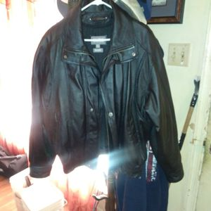 Wilsons Xl Leather Jacket Black for Sale in Fort Worth, TX