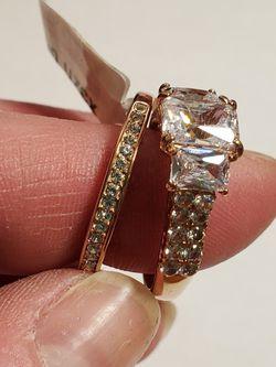 2pc Wedding Set Rose Gold Tusk Brand Size 9 for Sale in Wenatchee,  WA