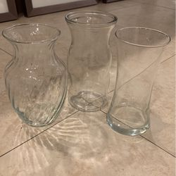 3 Different Shape Clear Glass Flower Vase for Sale in Fort Lauderdale,  FL