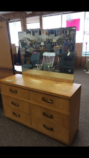 6 drawer dresser for Sale in Big Rapids, MI