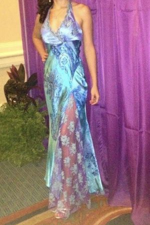 Mary.L couture long dress 👗 for Sale in North Miami Beach, FL