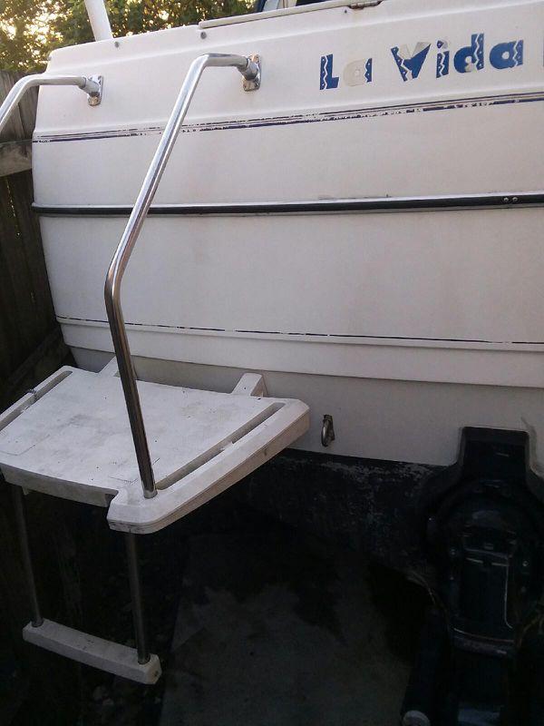 Boat Bayliner