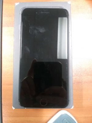 iPhone 8 Plus for Sale in Grape Creek, TX