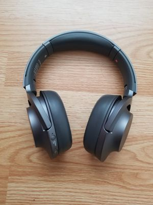 Sony h.ear on 2 NC WH-H900N Bluetooth Wireless Over-Ear Headphones with Mic and NFC - for Sale in Glendale, AZ