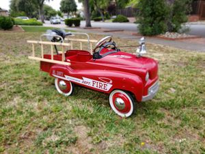 Steel Craft Fire Dept. Jet Flow Drive No. 287 pedal truck for Sale in Sunnyvale, CA