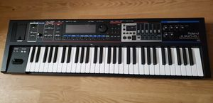 ROLAND  JUNO GI SYNTHESIZER for Sale in Spring, TX