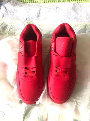 Unisex: Fashion/Athletic Shoes - Men 9.5 Women 11 for Sale in Washington, DC