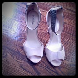 Ankle Strap Heels for Sale in Decatur,  GA