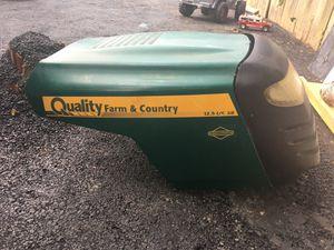 Quality farm &Country vendo esta parte para tractor de cortar grama for Sale in Woodbridge, VA