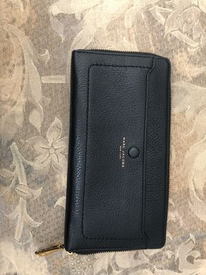 Marc Jacobs Large Continental Leather Wallet for Sale in Ontario, CA