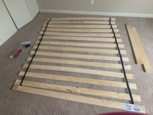 Frames and a rails Queen Roll Slata for Sale in St. Louis, MO