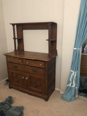 Antiques dresser for Sale in Henderson, NV