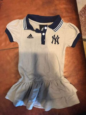 Adidas dress 2,t for Sale in Baltimore, MD