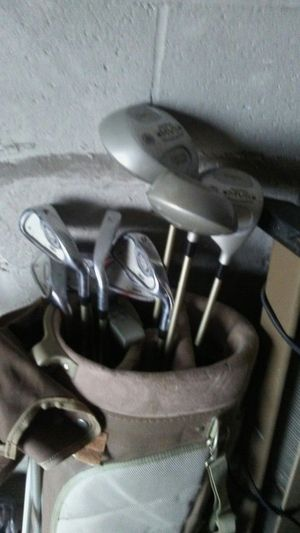 Golf club set for Sale in Columbus, OH