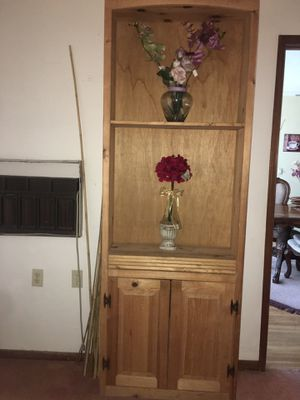 Wood Bookcase / bookshelf for Sale in Spring Valley, CA