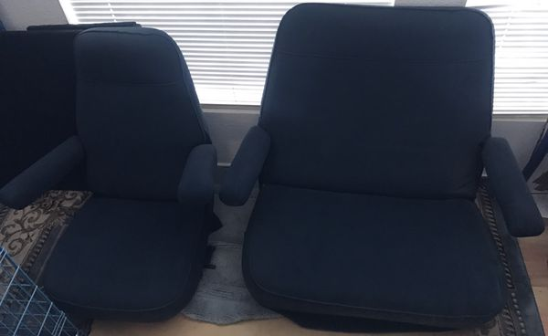 REAPOLSTERED SEATS 💺 THAT CAME OUT OF A MOTORHOME / FORD VAN