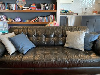 2 Piece Modern Real Black Leather Sofa & Loveseat Set for Sale in Vancouver,  WA